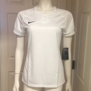 Nike Athletic/Athleisure Top, Size S, NWT!